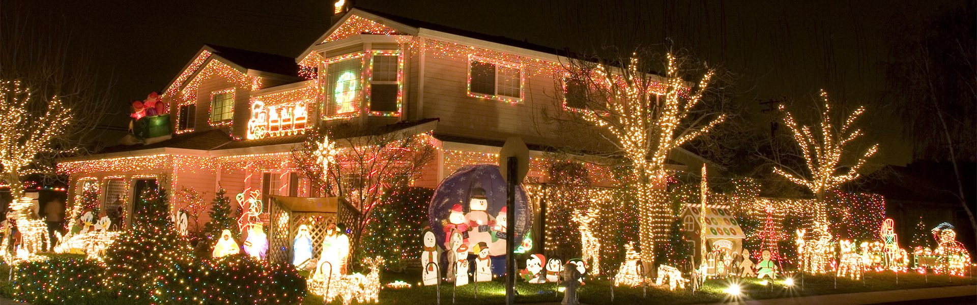 Commercial Christmas Lights.Christmas Lights Installers Fort Collins Lighting